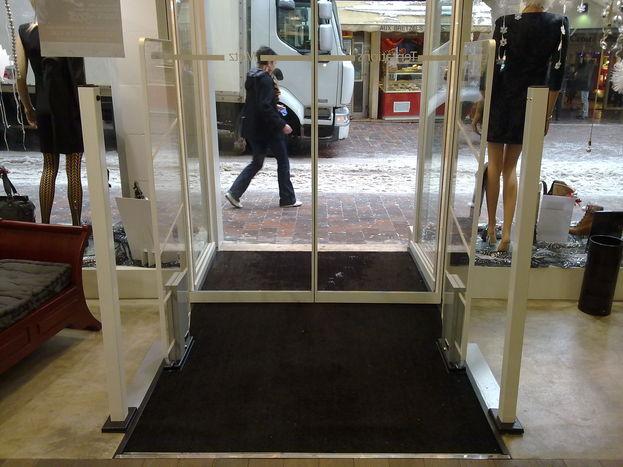 equipez vous d un compteur de passage portiques antivol. Black Bedroom Furniture Sets. Home Design Ideas